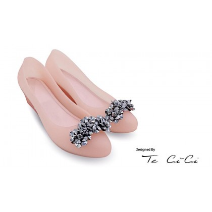 Jelly Shoes With Metallic Floral Details