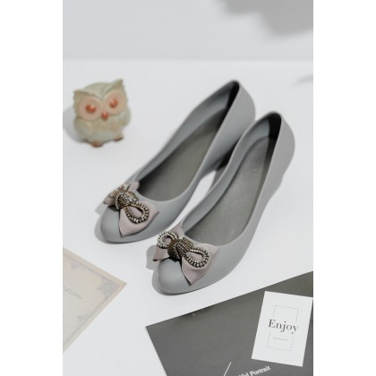 Bridal Gown Inspired Jelly Shoes