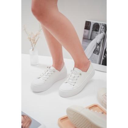 Sweet Pearl Sneakers